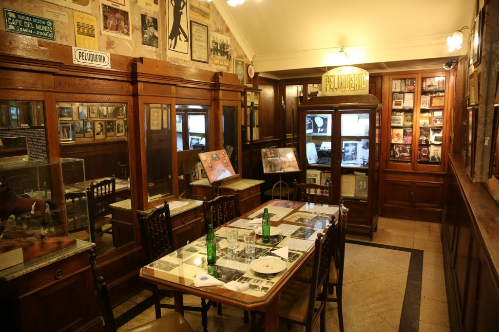 Cafe_Tortoni_Buenos_aires_argentina_credit_the_lost_avocado (4)