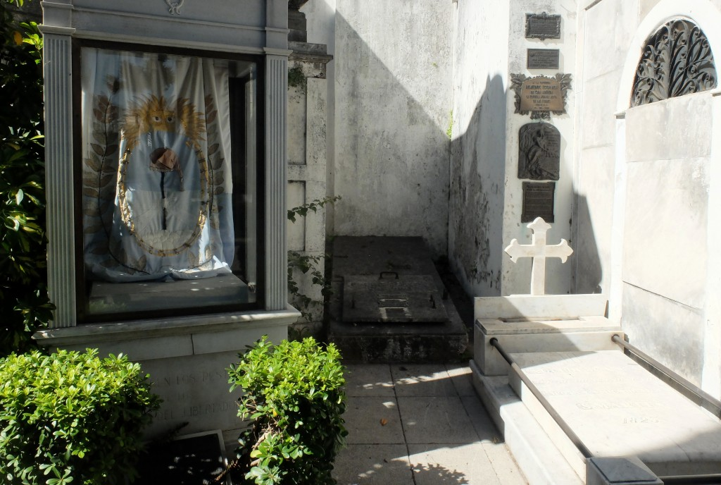 Cimitero_cementerio_recoleta_buenos_aires_argentina@thelostavocado (5)