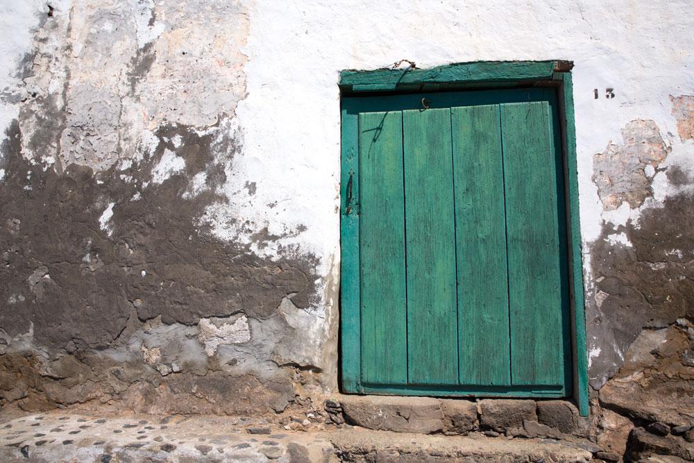 Playa-Quemada-Lanzarote-Spain-Spagna-Canarie-Canary-island-Photo-credit-by-Thelostavocado-(4)