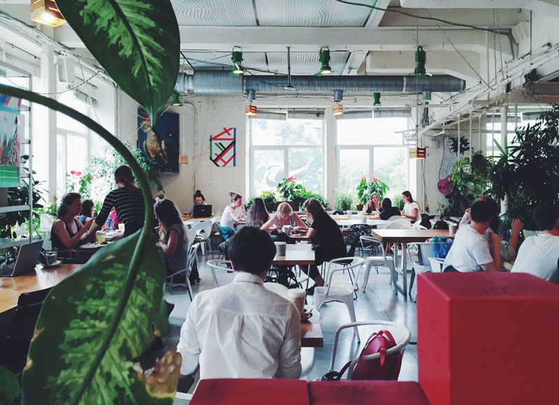 Green-Room-ristorante-Loft-Project-Etagi-Saint-Petersburg-Russia-Photo-credit-by-Thelostavocado-(1)