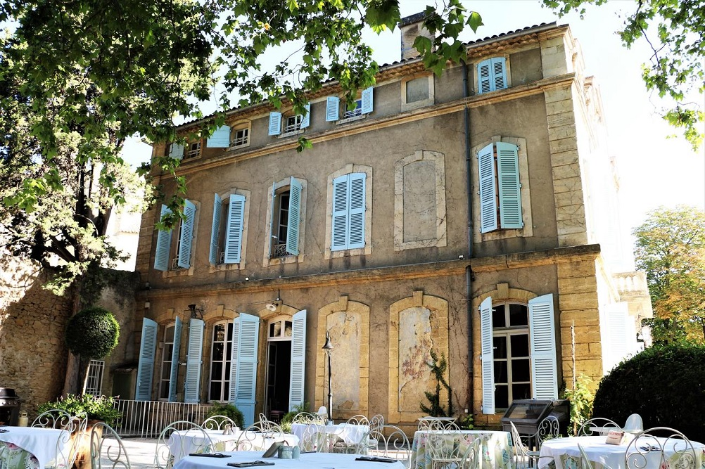 Chateau de Varenne where to sleep provence hotel provenza