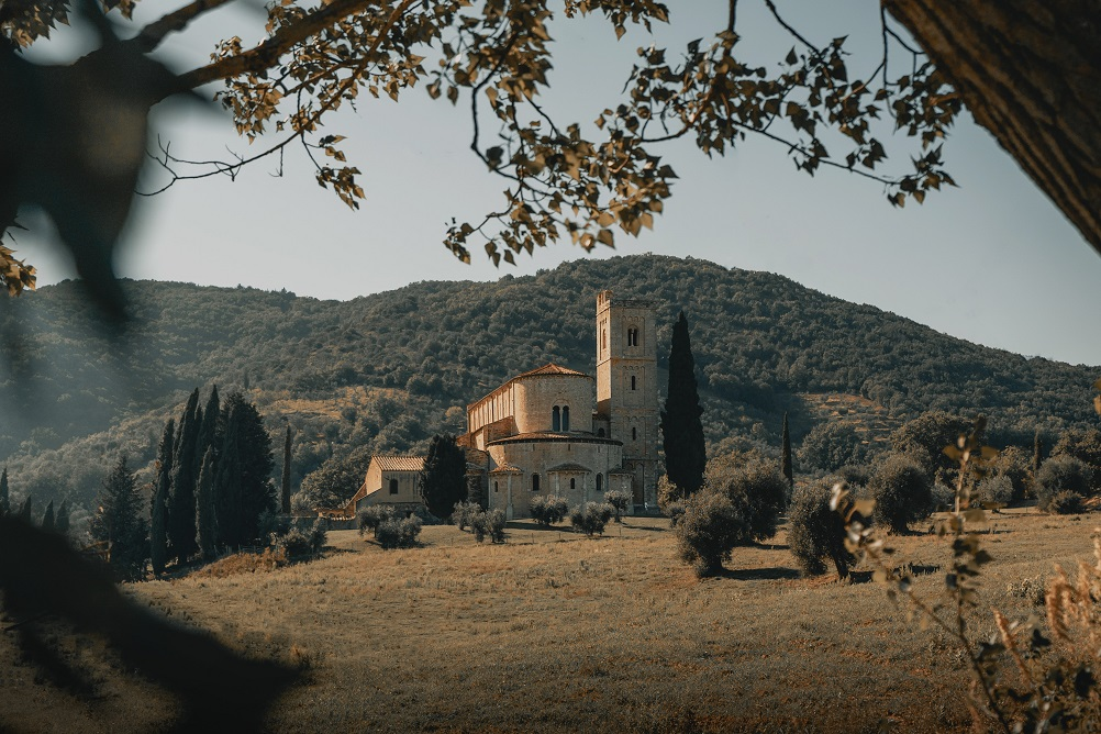 montalcino val d'orcia weekend romantico in italia