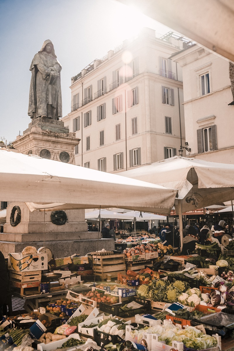 mercato quartieri di roma