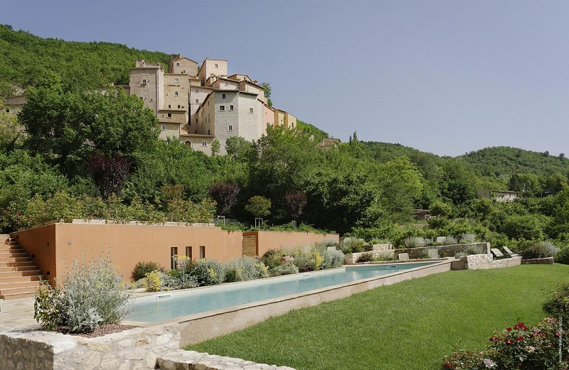 castello in umbria dove dormire