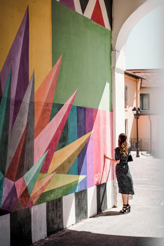 borgo universo aielli murales