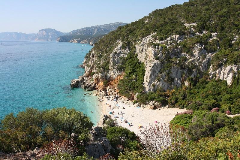 Barbagia di Nuoro, spiaggia di Cala Gonone - spiagge da vedere in Italia