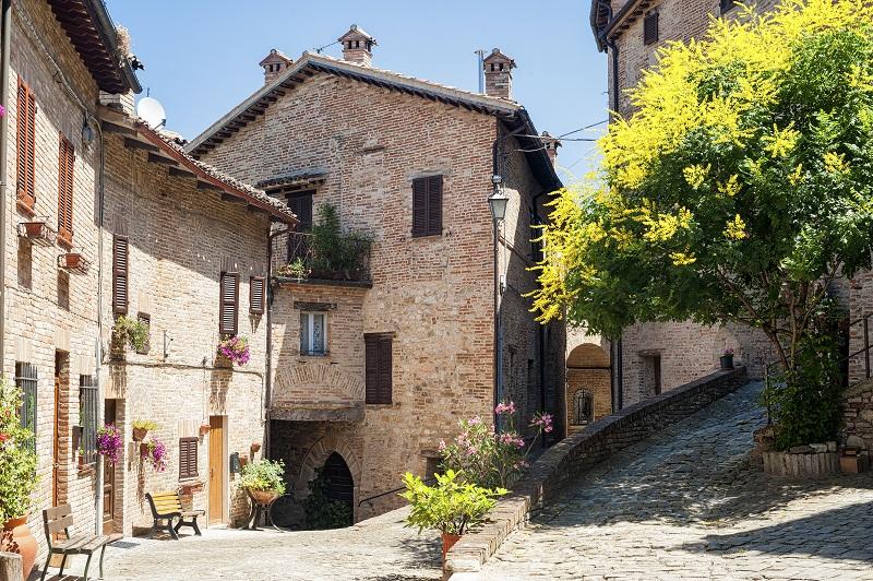 sarnano monti sibillini marche italia posti da vedere 2021
