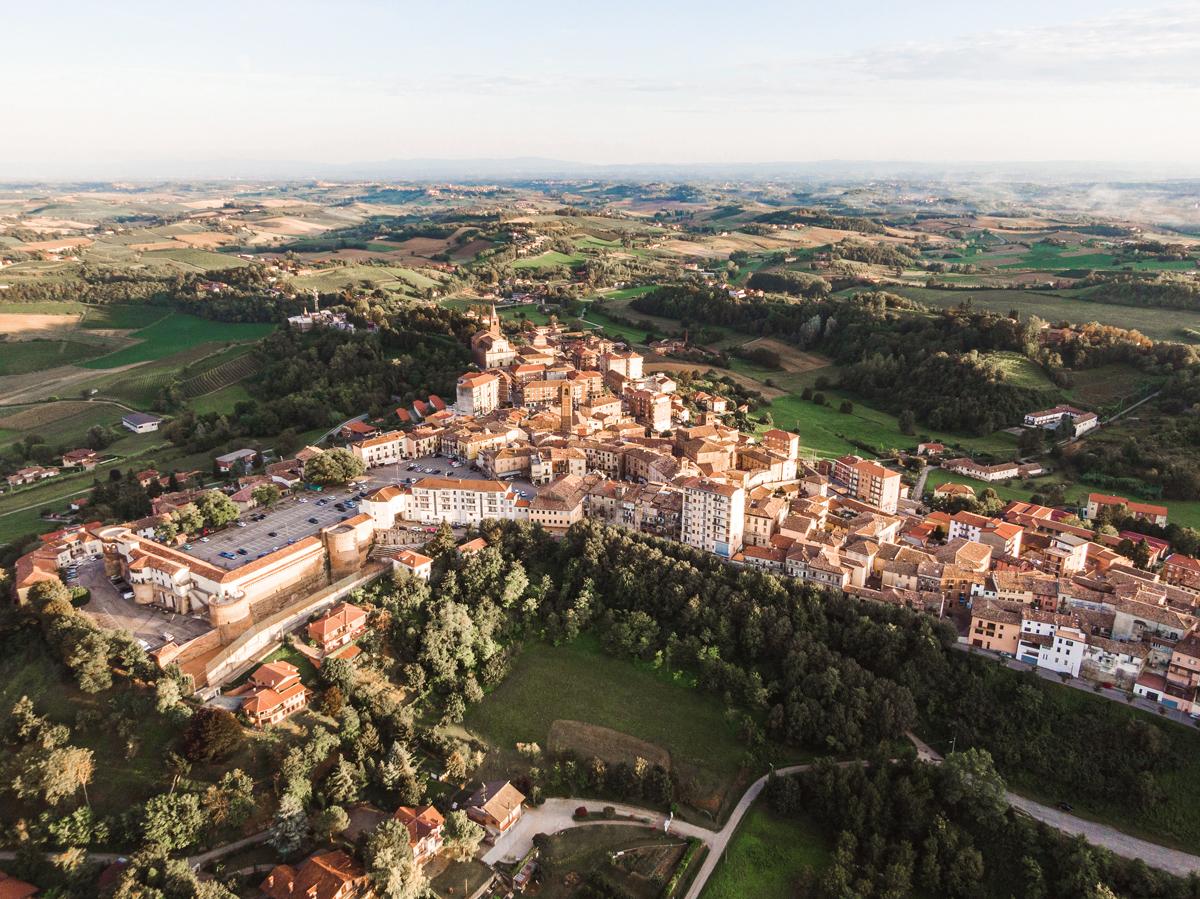 Moncalvo-Monferrato---borghi-piemonte---thelostavocado-