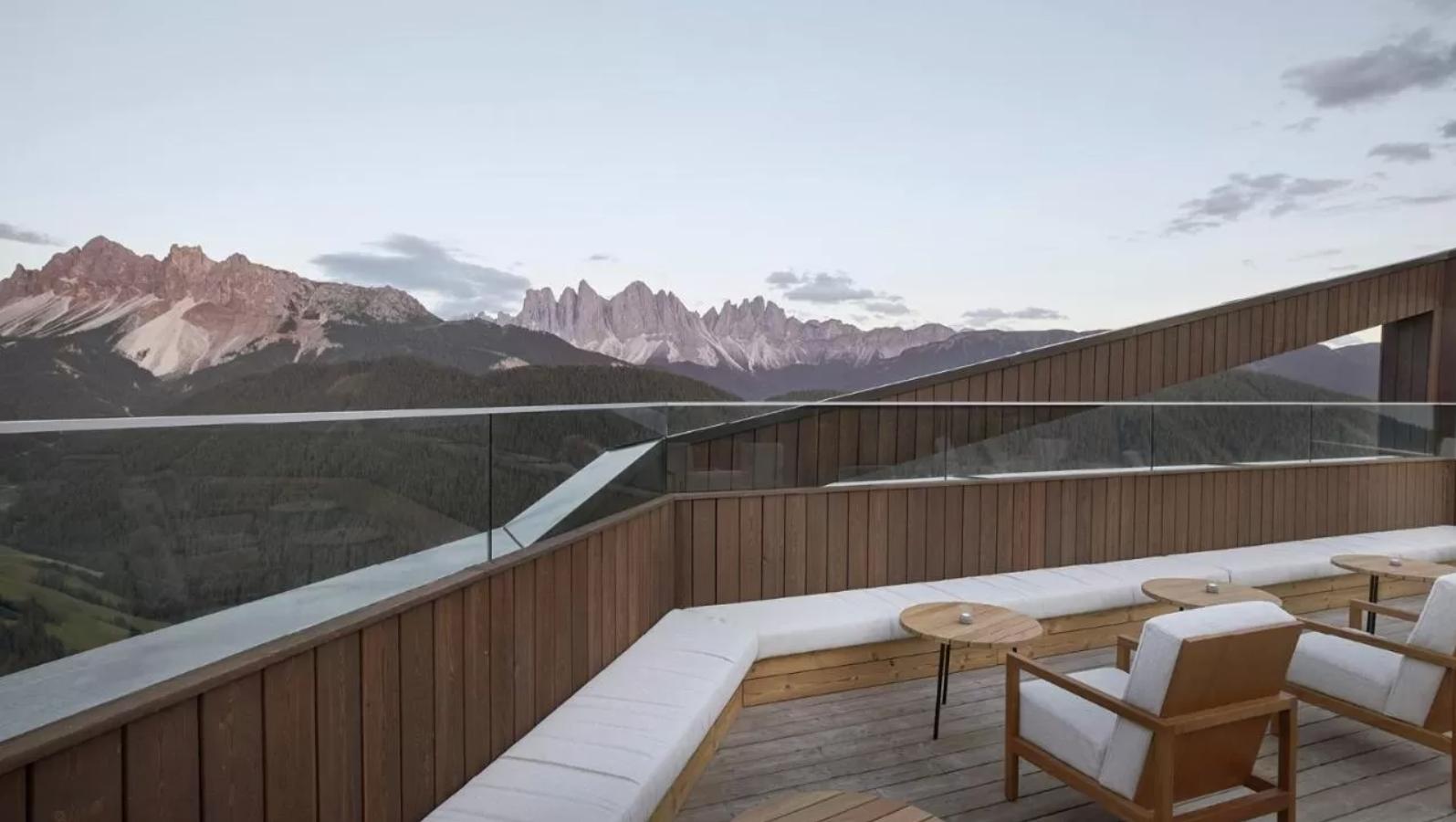 forestis remote hotel in italia