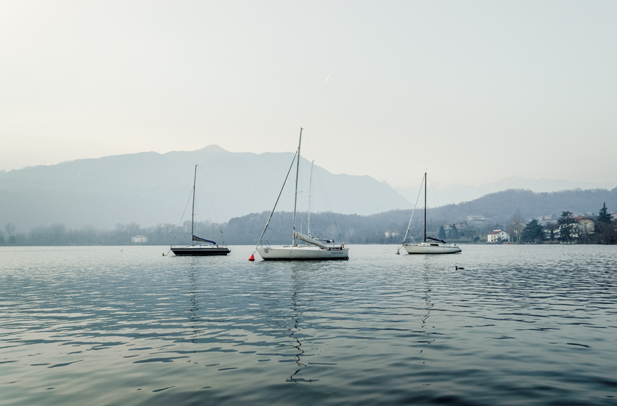 lago-avigliana-piemonte-unsplash