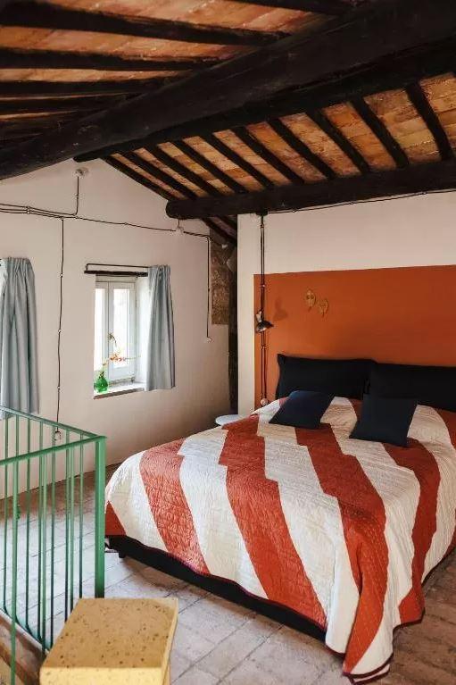 Foto di una casa d'artista, fra gli hotel unici in Italia