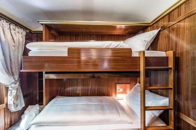 Hotel strani in Italia dove dormire su un treno