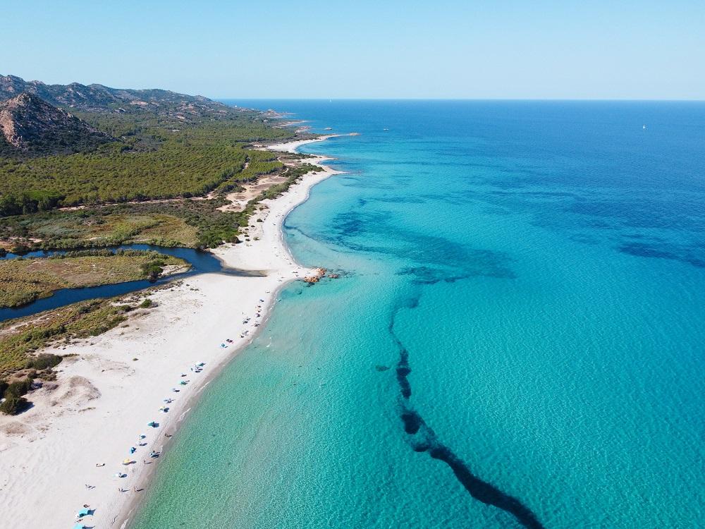 Foto della spiaggia di Berchida, fra le spiagge sarde più belle