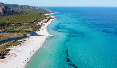 Foto della Spiaggia di Berchida, tra le spiagge più belle della Sardegna
