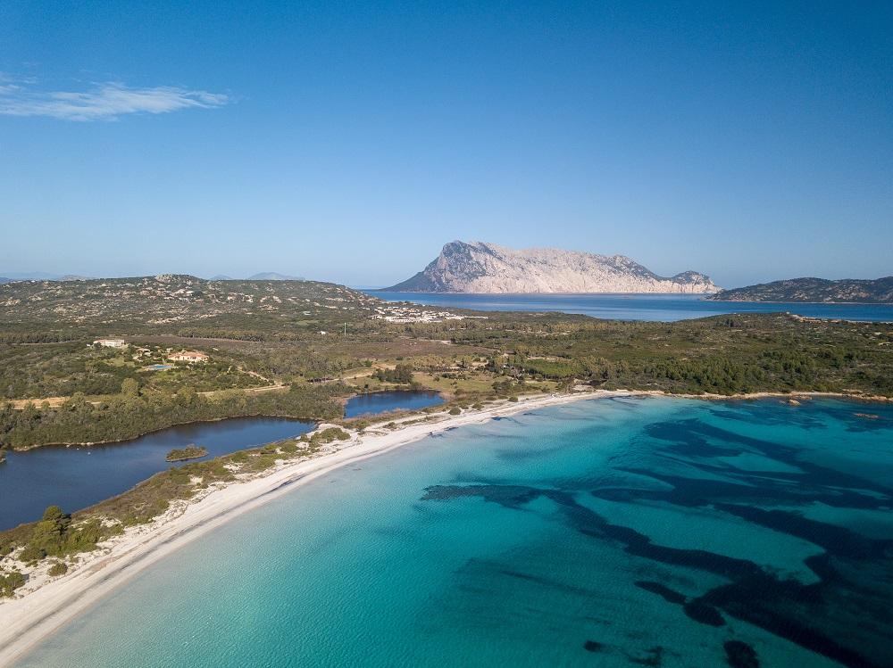 Foto della spiaggia di Cala Brandinchi, Stintino, fra le spiagge sarde più belle