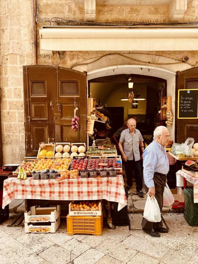 mercato bari vecchia cammino materano