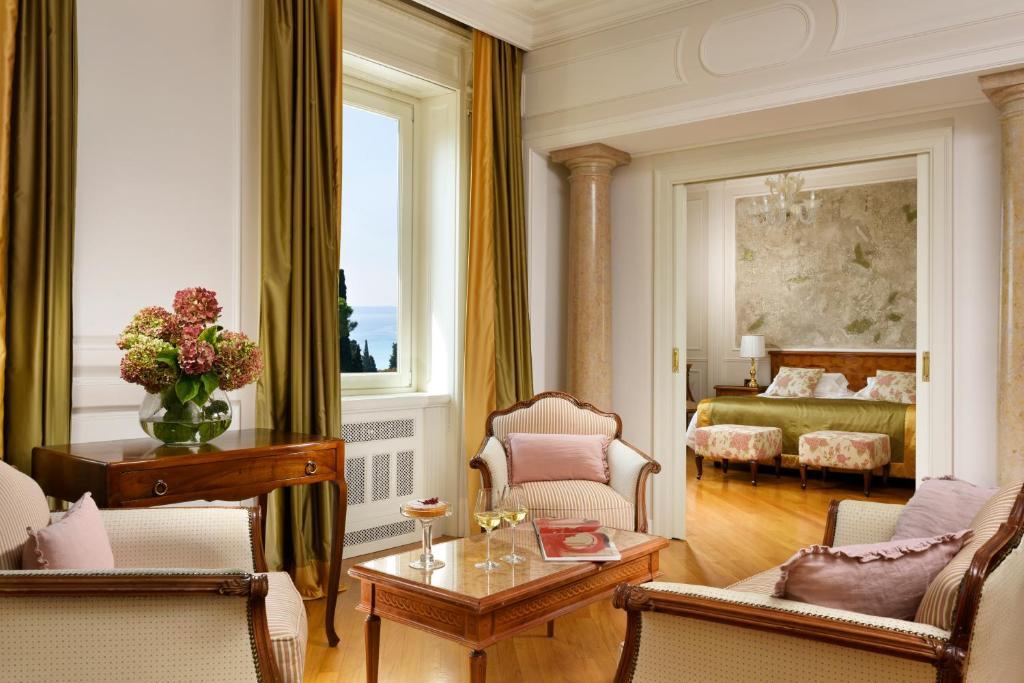 Villa Cortine Palace Hotel relais alberghi romantici in lombardia