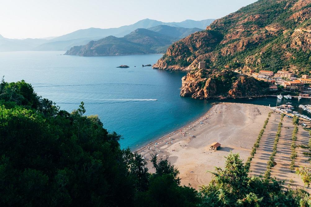 corsica-vacanze-al-caldo-autunno-mare-dove-andare-francia-pexels