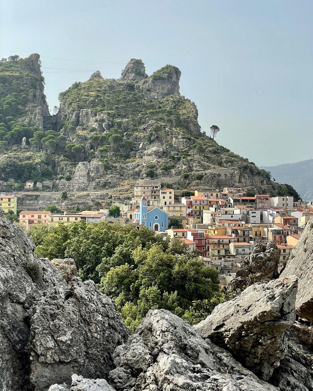 ulassai sardegna borghi poco conosciuti d'Italia da visitare